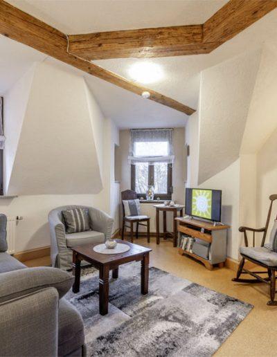 amstadttor-wohnzimmer-1